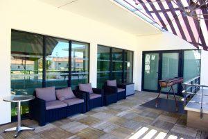 menuiseries aluminium sur terrasse à l'étage