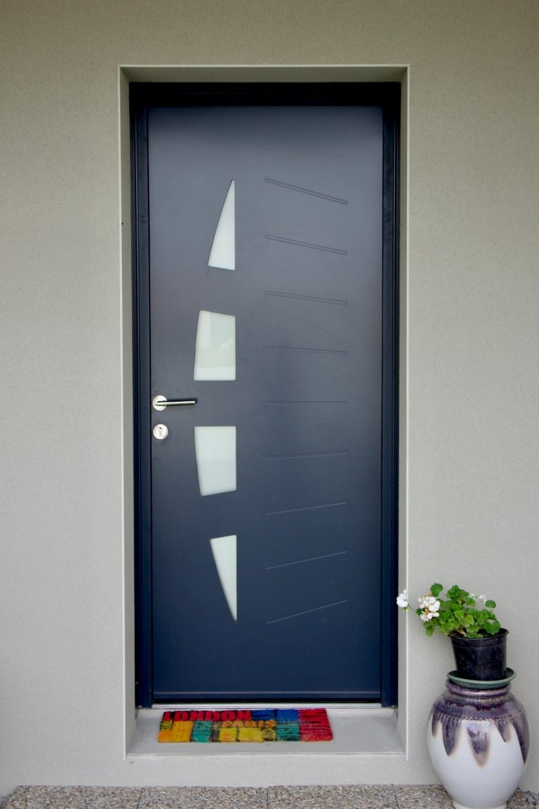 Porte entrée aluminium type jonque Bressuire-79