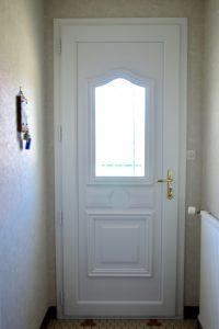 Porte entrée PVC côté intérieur - rénovation -Nueil les Aubiers-79