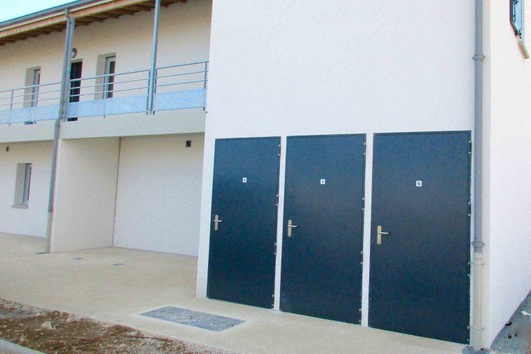 portes métalliques RAL 7076