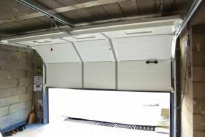 porte garage sectionnelle motorisée Vue de l'intérieur -Nueil les Aubiers -79